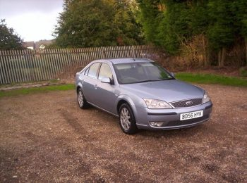 Mondeo Ghia for spares or repair